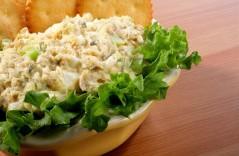 salat-s-ryboj-i-suxarikami_091224201118_091227213346_F