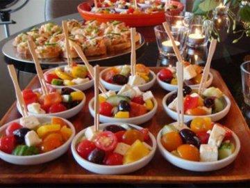 Делаем легкие салаты на день рождения с настроением