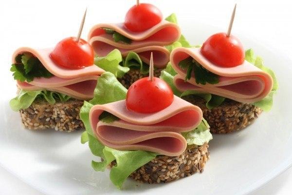 Бутерброды для праздничного фуршета — украшение любого застолья