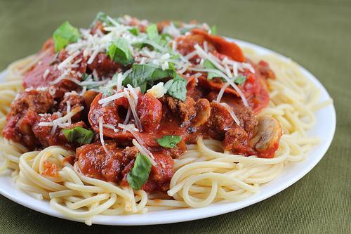 Готовим вкусно: спагетти по-итальянски