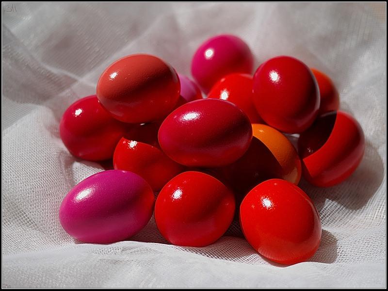 Как покрасить яйца свеклой. Узнаем секреты