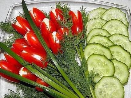 салат курица помидоры огурцы