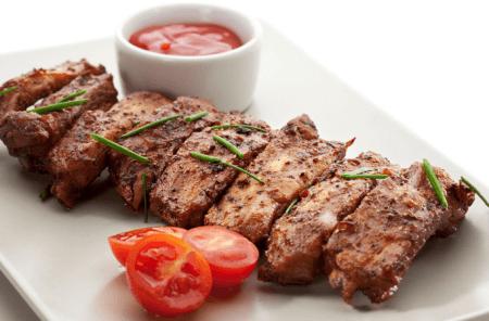 Мясо и аджика