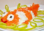 Салат морковный с сыром и чесноком: быстро, просто, полезно
