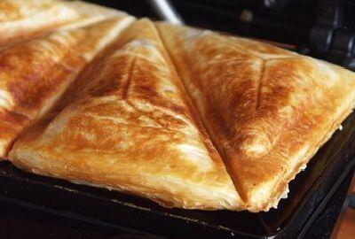 Треугольники с начинкой в бутерброднице