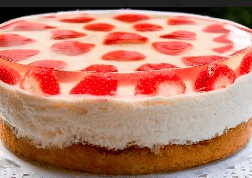 Сметанный торт с фруктами и желатином