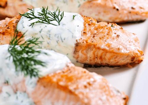 Запеченный лосось под белым маринадом