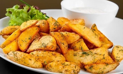 Рецепт запеченного дольками картофеля