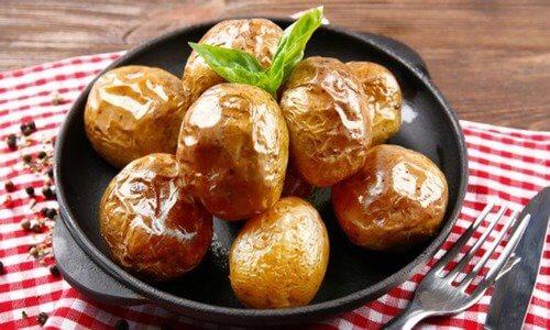 Как испечь картошку в мундире