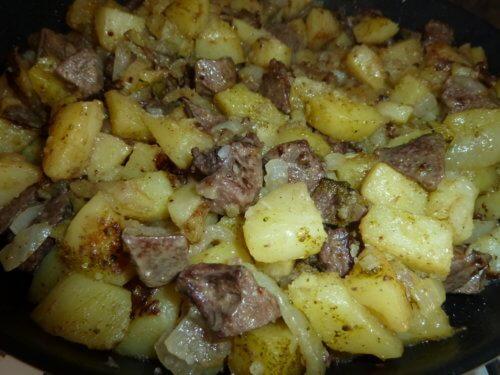 Печень с картофелем