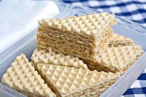 Торт с вафельными коржами