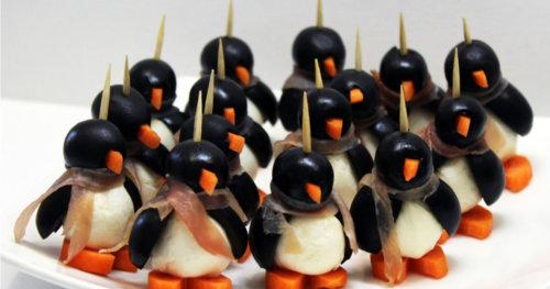 Пингвины из оливок