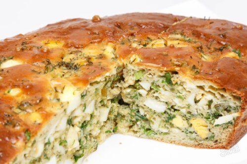 Рыбный пирог с яйцом